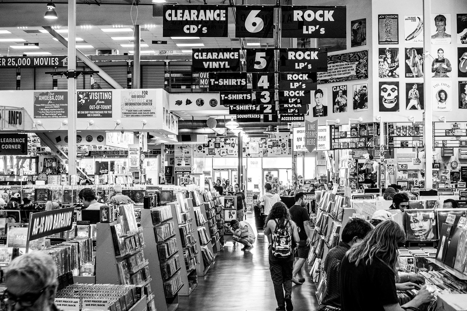 Amoeba-Music-Store-Hollywood